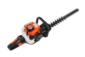 High Quality Hedge Trimmer with 0.65L Tank Cpapcity (SLP600C) pictures & photos