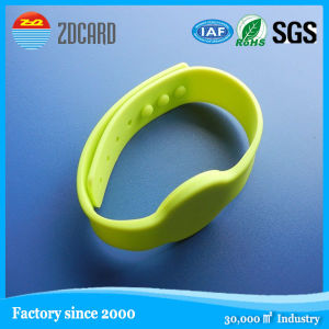 Access Control PVC Nylon RFID Wrisband for Events pictures & photos