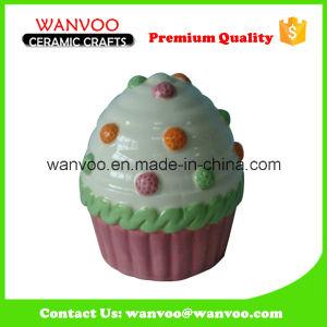 Porcelain Cake Shape Piggy Saving Box for Christmas Gift pictures & photos