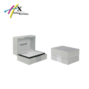 Special Design Spring Hinge Plastic White Watch Box pictures & photos