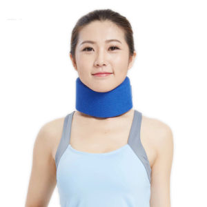 2017 Rushed Corset Corrector De Postura New Soft Cervical Collar Neck Support for Preventions Spondylosis with Chain Adjustable pictures & photos