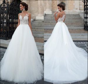 Puffy Tulle Bridal Ball Gown Lace Beading Wedding Dress H13330 pictures & photos