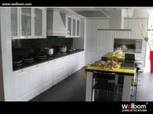 European Style High Gloss Kitchen Cabinet pictures & photos