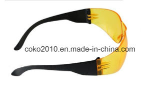 Yellow PC Lens Safety Glasses Goggles pictures & photos