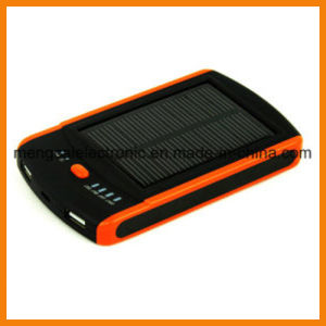 6000mA Dual USB Waterproof FCC Ce RoHS Certified Multi-Function Solar and Li-Polymer Power Bank for iPhone