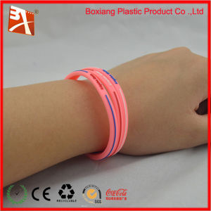 2014 Popular Beautiful Silicone Wristband for Health