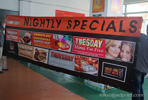 Hot Selling Outdoor/Indoor Advertising PVC Vinyl Banner With Full Color Printing pictures & photos