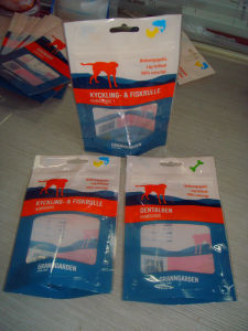 Stand up Plastic Zipper Bags with Transparent Window pictures & photos