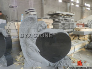 Black Granite Angel Monument / Headstone with Heart Carving pictures & photos