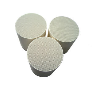 Cordierite Honeycomb Ceramic Substrate for DPF Filter pictures & photos
