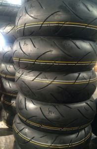 190/55-17 China Motorcycle Tubeless Tyre Manufacturers pictures & photos