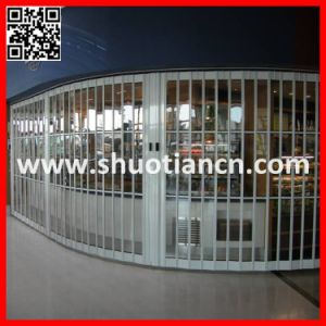 Transparent Sliding Shutter Door, Polycarbonate Transprent Folding Shutter Door (ST-002) pictures & photos