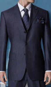2015 Men′s Business Black Men′s Suit in New Style pictures & photos