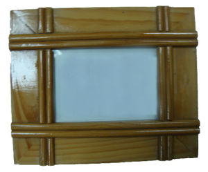 Eco-Friendly Wooden Photo Frame (PF-038) pictures & photos