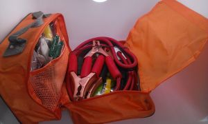 Portable Car Roodside Emergency Kit Vehicle First Aid Kit pictures & photos