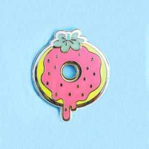 Cheap Customized Logo Metal Lapel Pin Badge for Souvenir Gift pictures & photos