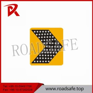 Traffic Arrow Solar LED Warning Directional Chevron Sign pictures & photos