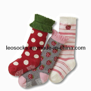 Wholesale High Quality Custom Cute Baby Socks pictures & photos