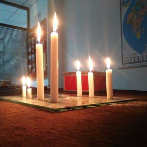 Cheap Price No Smoking White Paraffin Candles pictures & photos