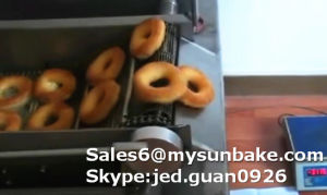 Automatic Mini Donut Machine for Sale/Donut Making Machine pictures & photos