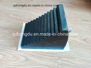 Hollow or Solid Anti-Slip Rubber Wheel Chock pictures & photos