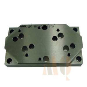 CNC Milling Machine Parts Custom Machining Parts (MQ2132) pictures & photos