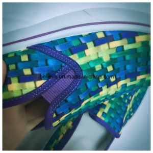 Honeycomb Outsole with Clothing Fabric Canvas Upper Elastic Shoes