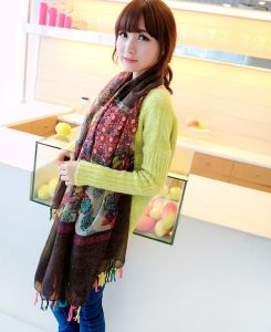 Hot Selling OEM Long Spring Fashion Women Scarf pictures & photos