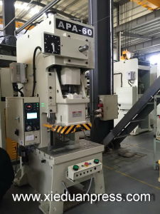 Ningbo Taiwan Model 60ton C Type Die Stamping Press Machine pictures & photos