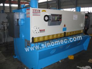Guillotine Shear/ Cutting Machine / Hydraulic Shear Machine (QC11K-8X2500) pictures & photos