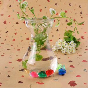 2016 Hot Sale Teardrop-Shaped Hanging Glass Vase for Home Decoration pictures & photos