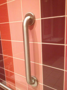 Stainless Steel Bathroom Grab Bars (02-108) pictures & photos