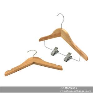Children′s Clips Wooden Hanger Natural Baby Clothes Hanger pictures & photos