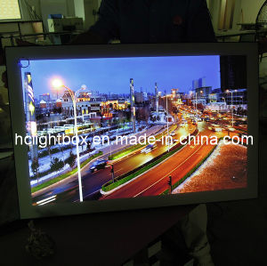 Super Slim LED Magnetic Frame Advertising Display Light Box pictures & photos