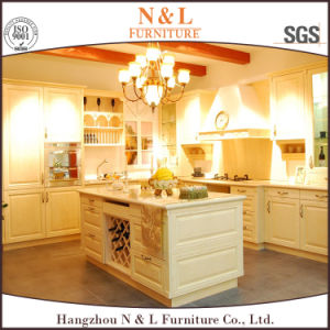 2017 Real Solid Wood Natural Wood Veener Kitchen Cabinet pictures & photos
