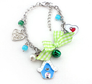 Christmas Jewelry/Christmas Bracelet/Christmas Enamel (XBL13137) pictures & photos