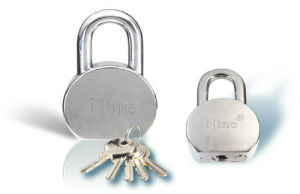 Circle Steel Round Padlock W/Brass Cylinder (CS1065) pictures & photos