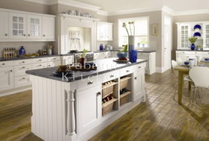 Solid Wood Kitchen Cabinet (free kitchen design) #Yb-4 pictures & photos
