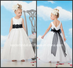 White Organza Black Lace Bow Sash Beginning Flower Girl Dresses B1518 pictures & photos