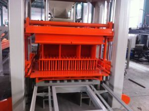 Qt4-20 Automatic Concrete Brick Making Machine pictures & photos