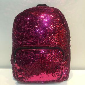 2017 Hot Reversible 2 Colors Sequin Paillette Party Study Bag Backpack pictures & photos