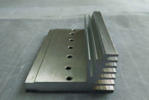 CNC Machining Parts Anodized Aluminium Profile for Heatsinks pictures & photos
