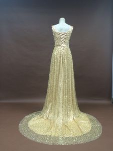 2017 New Design High Quality Heavy Beading Gold Wedding Evening Party Gown pictures & photos