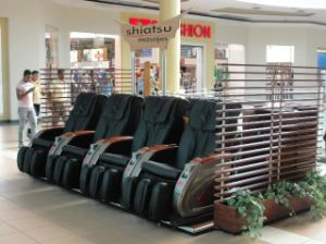 Remote Control Commercial Massage Chair Coin Operated pictures & photos