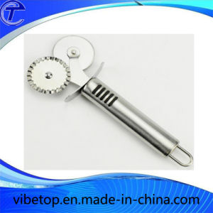 Double Wheel Stainless Steel Pizza Cutter Knife pictures & photos