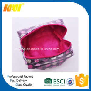 Laminated Canvas Cosmetic Makeup Toiletry Bag with DOT Printing pictures & photos