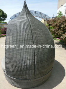 Rattan Weave Outdoor Sunbed Daybed Furniture pictures & photos