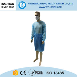 Hospital Use Disposable Isolation Gown pictures & photos