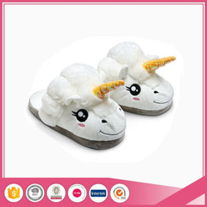 White Plush Unicorn Animal Indoor Slipper pictures & photos