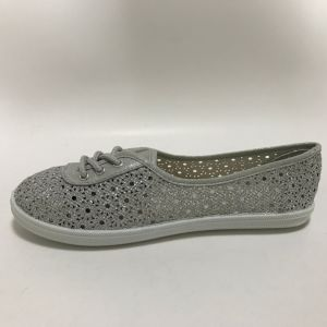 Latest Low Price Fashion on Injection Casual Canvas Shoes pictures & photos